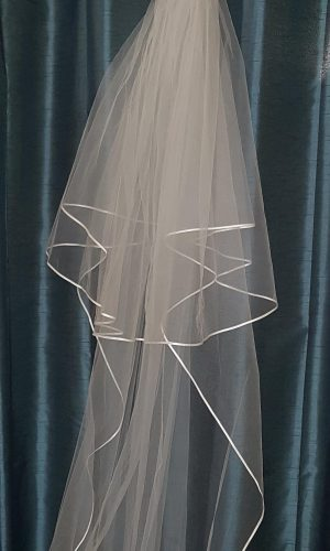 Communion veil with satin trim